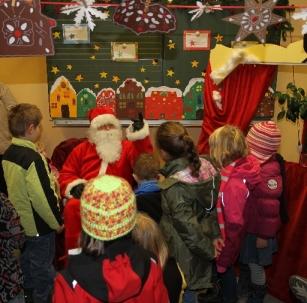 Der Weihnachtsmann zu Gast beim Tälerweihnachtsmarkt 2013